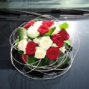 aranjament-floral-pentru-masina